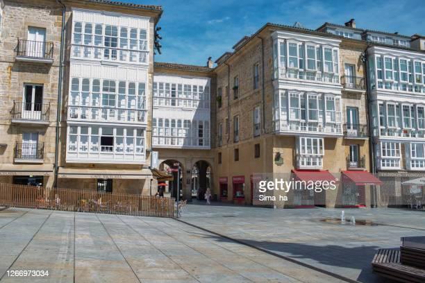 ビルゲンブランカ広場、ビトリア・ガスティス、バスク地方 - アラバ県 ストックフォトと画像