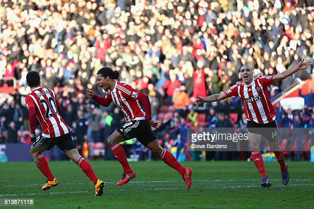 Virgil van Dijk of Southampton celebrates scoring his team's first goal during the Barclays Premier League match between Southampton and Sunderland...