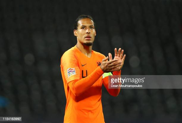 Virgil van Dijk of the Netherlands acknowledges the fans after the UEFA Nations League SemiFinal match between the Netherlands and England at Estadio...