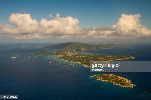 virgin islands, aerial view of virgin gorda - islas de virgin gorda fotografías e imágenes de stock