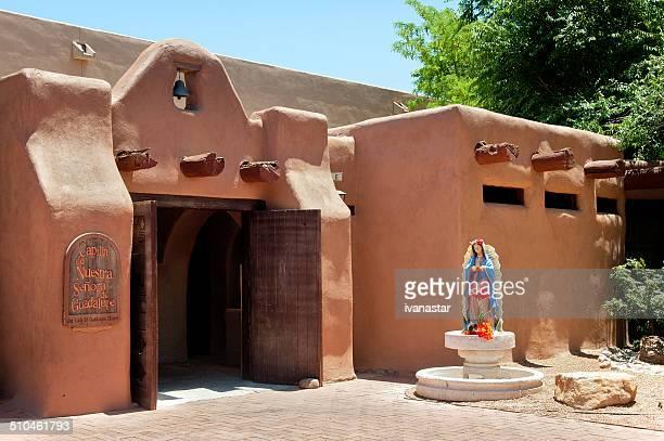 nuestra señora de guadalupe chapel ciudad antigua plaza de la ciudad de albuquerque - virgen de guadalupe fotografías e imágenes de stock