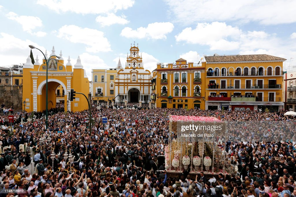 ESP: Easter Processions In Seville
