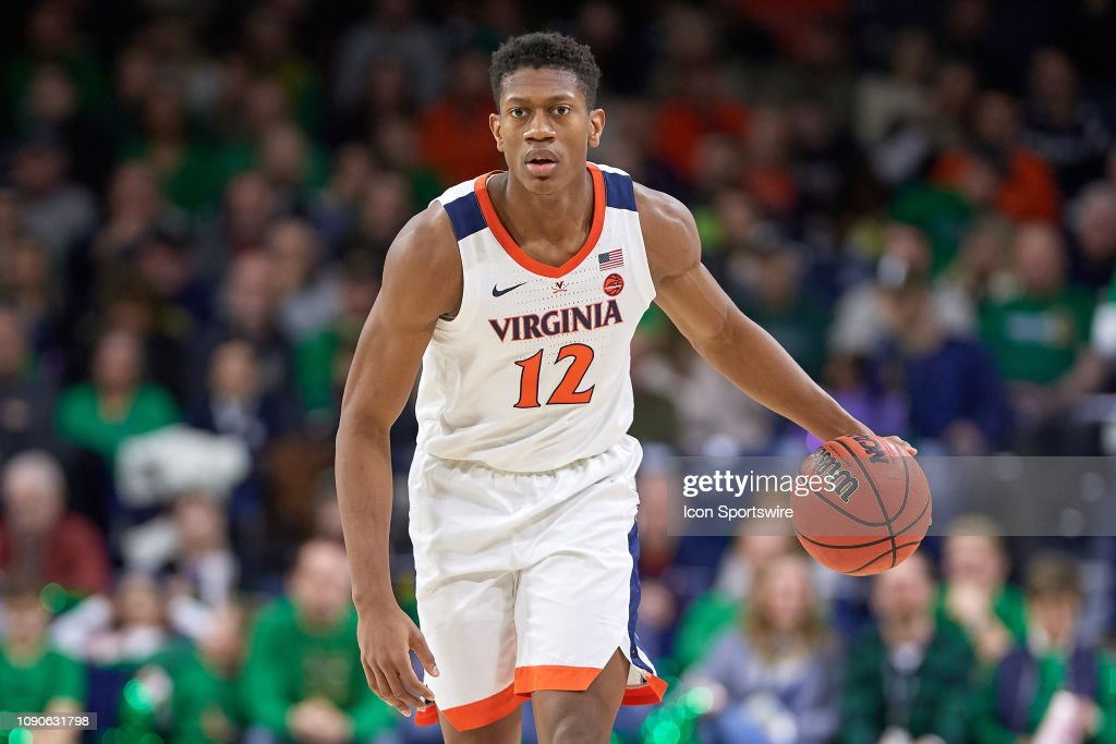 COLLEGE BASKETBALL: JAN 26 Virginia at Notre Dame : News Photo