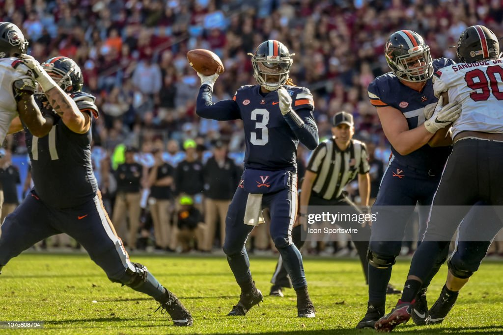 COLLEGE FOOTBALL: DEC 29 Belk Bowl - South Carolina v Virginia : News Photo
