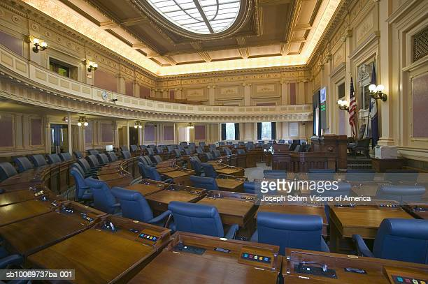 usa, virginia, richmond, virginia state capitol, empty seats of house of representatives chamber - house of representatives stock pictures, royalty-free photos & images