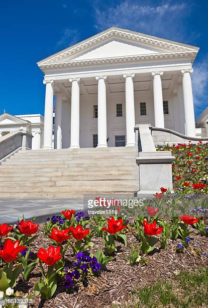 virginia state capitol in richmond, va during the spring - virginia us state stock pictures, royalty-free photos & images