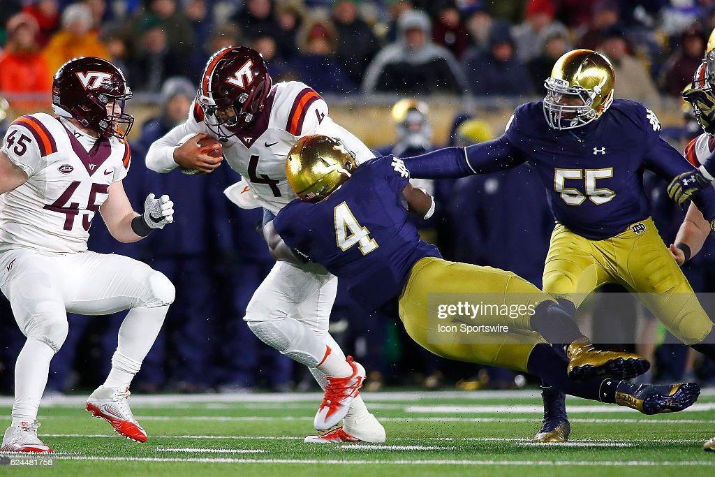 NCAA FOOTBALL: NOV 19 Virginia Tech at Notre Dame : News Photo