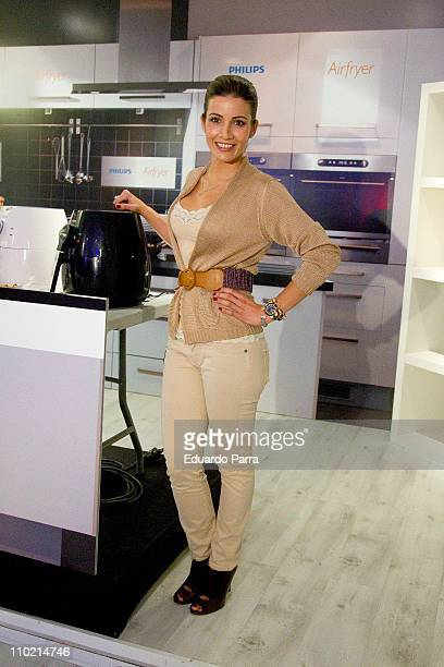 Virginia Troconis presents new Philips Airfryer at the Loft Cost studio on March 16 2011 in Madrid Spain