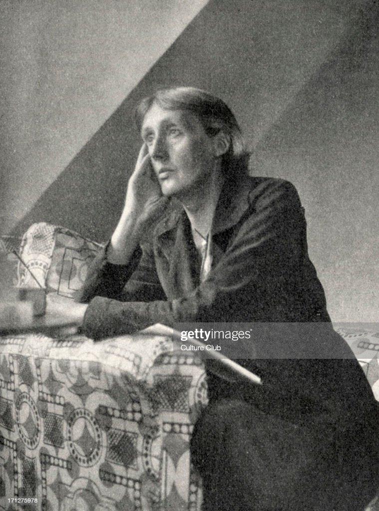 Virginia Woolf - portrait of the English novelist and essayist. : Foto di attualità