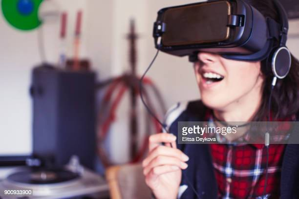 la realidad virtual - wonder película de 2017 fotografías e imágenes de stock