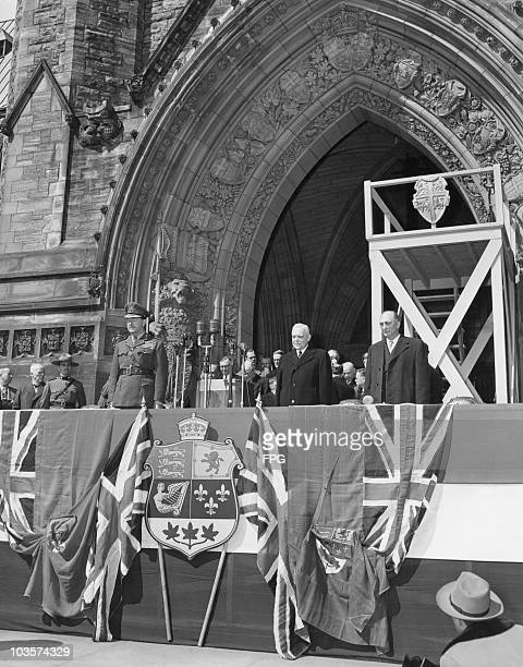 Viscount Alexander Governor General of Canada Prime Minister Louis St Laurent and Secretary of State Gordon Bradley the first Cabinet Minister from...