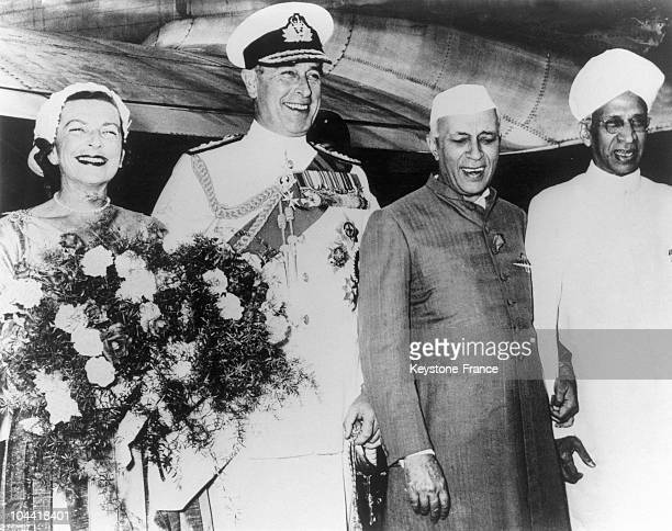 Viscount and Lady MOUTBATTEN with Pandit NEHRU and Dr RADHARISHAIN on their arrival in New Delhi on May 14 1956 They were the guests of Indian...