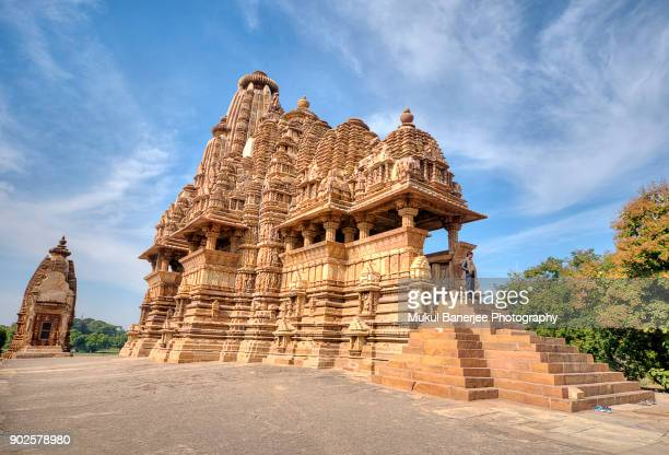 vishwanatha temple, khajuraho, india - madhya pradesh stock pictures, royalty-free photos & images