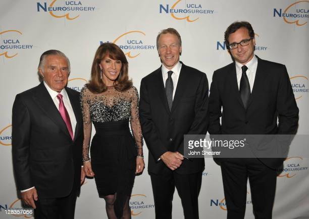 Visionary Award Winner Sidney Kimmel Caroline Kimmel Chief of Neurosurgery at UCLA Dr Neil A Martin and actor/comedian and winner of the Rodney...