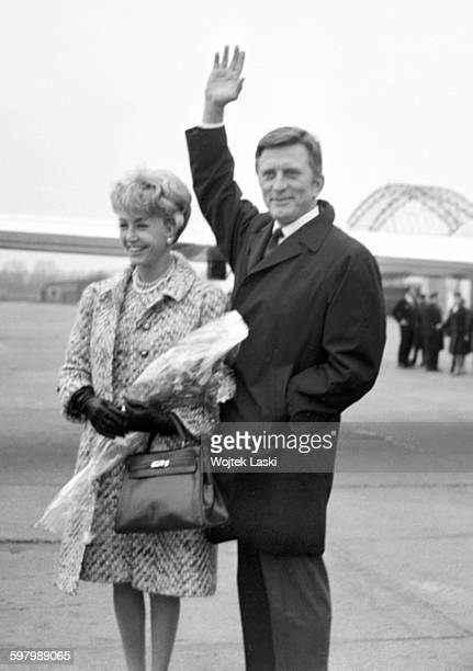 A visit of the American actor Kirk Douglas to Warsaw Poland on 1st April 1966 Pictured Kirk Douglas and his wife Anne Buydens at the Warsaw airport