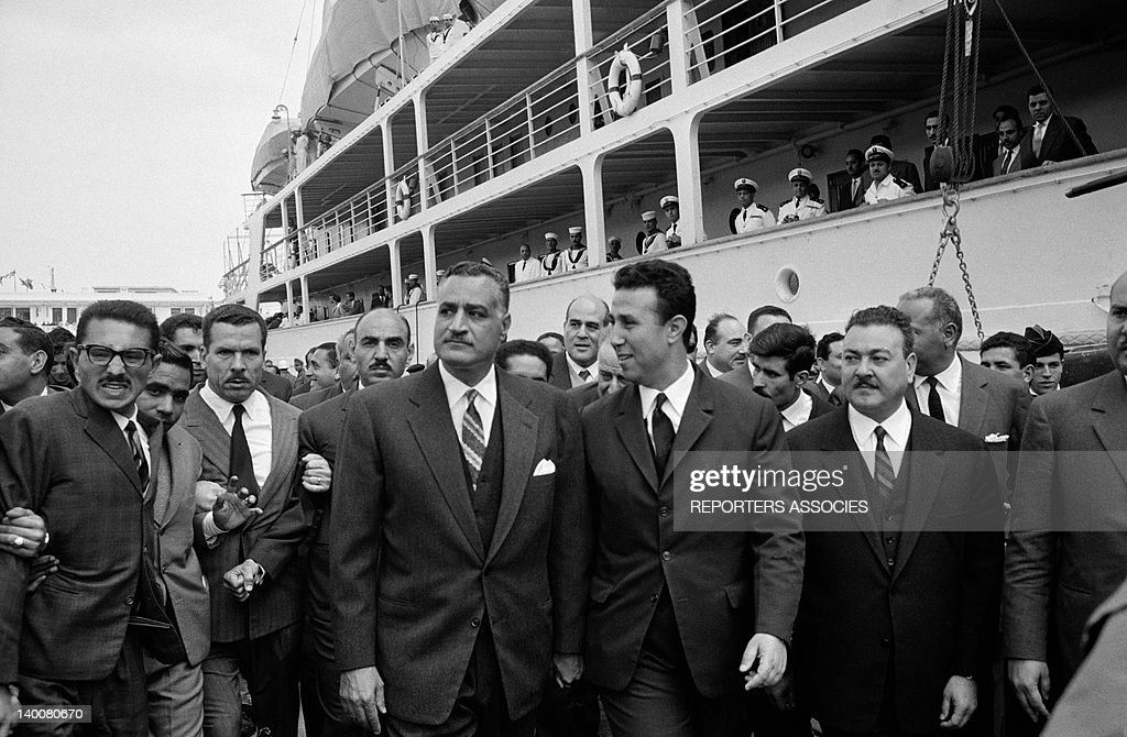 Visit In Algiers Of Egyptian President Gamal Abdel Nasser Welcomed By Ahmed Ben Bella In 1963 : News Photo
