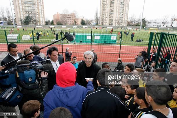 Visite de Raymond DOMENECH en Seine Saint Denis Festi Foot 11ans Stade Allende de Noisy Le Sec Seine Saint Denis