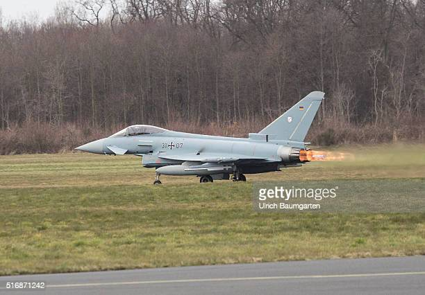 Visiting German Chancellor Angela Merkel at the Tactical Air Force Squadron 31 Boelke in Noervenich Take off of the combat aircraft Euro Fighter to a...