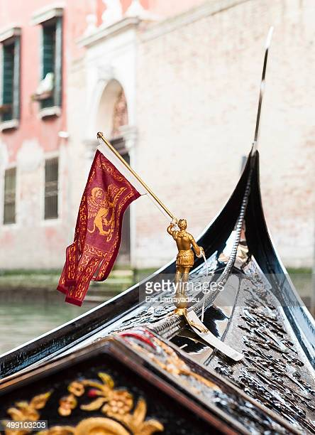 visiting venice - gondola traditional boat stock pictures, royalty-free photos & images