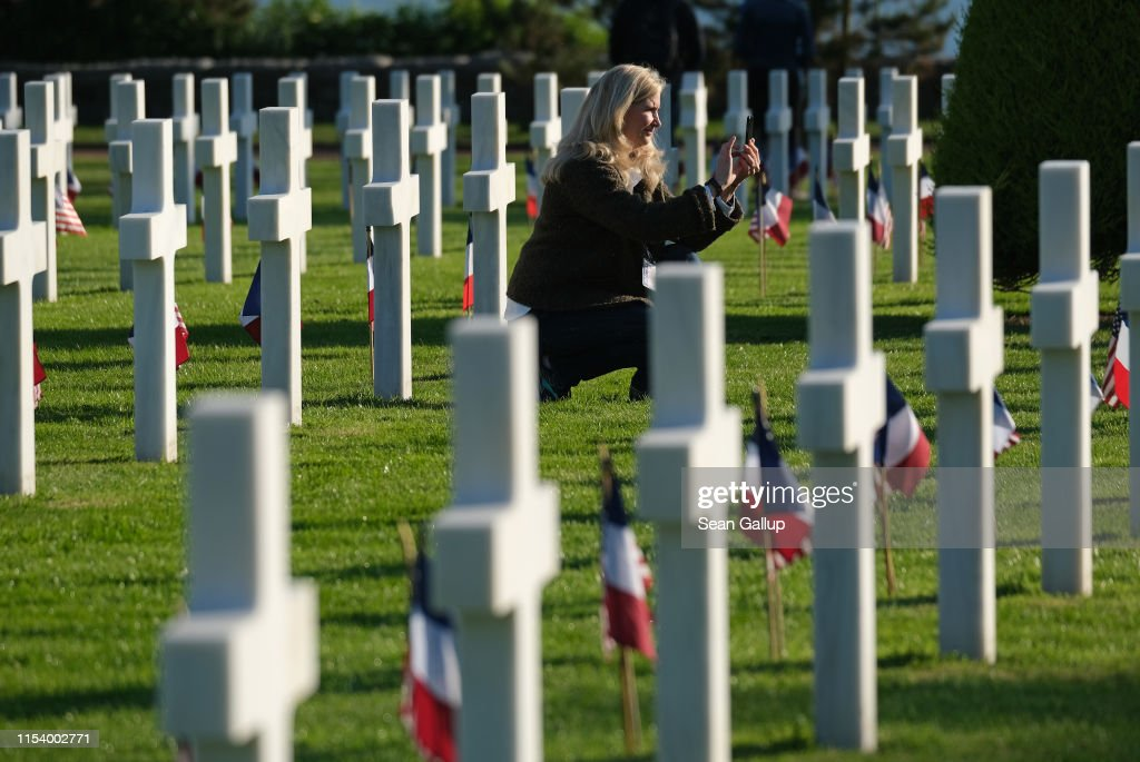 Normandy American Cemetery Holds D-Day 75th Anniversary Ceremony : News Photo