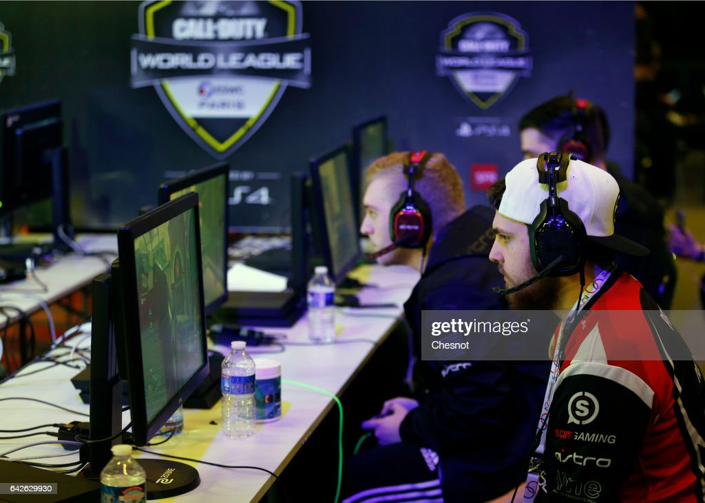eSports World Convention (ESWC) : Day Two At Porte De Versailles In Paris : News Photo