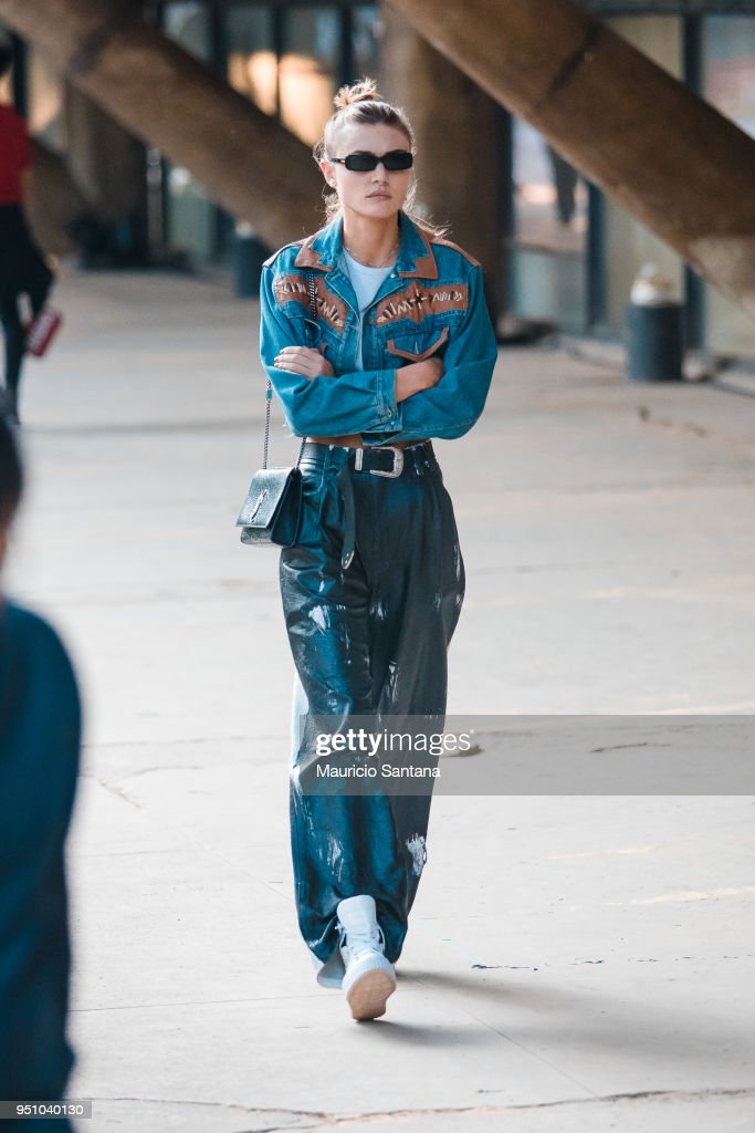 Street Style - SPFW N45 - Day 4 : News Photo