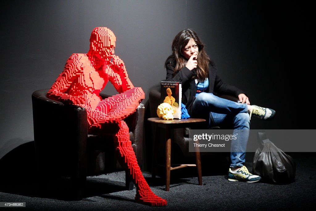 'The Art of The Brick' :  Nathan Sawaya's Exhibition At Porte De Versailes In Paris : News Photo