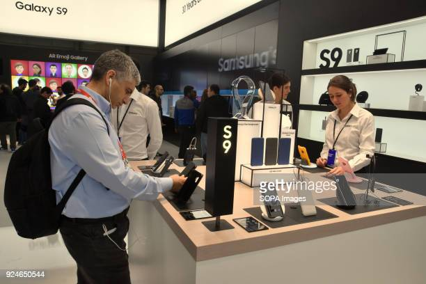 A visitor seen trying out the new Samsung Galaxy S9 smartphone at the Mobile World Congress The Mobile World Congress 2018 is being hosted in...