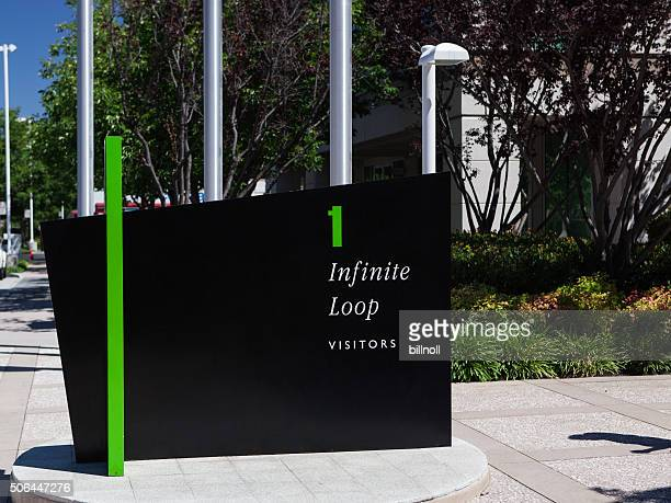Visitor welcome sign at Apple, Inc. in Cupertino, CA