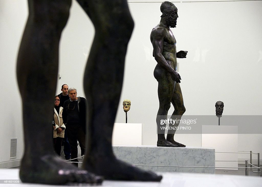 ITALY-ART-STATUE-BRONZE : News Photo