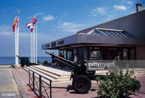 visitor's center at arromanches-les-bains - arromanches stock pictures, royalty-free photos & images