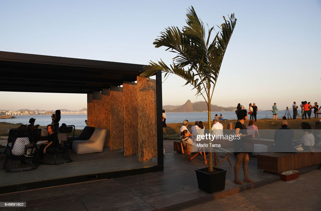 Visitors gather at a preview of the ArtRio 2017 international fair on September 13, 2017 in Rio de Janeiro, Brazil. 73 Brazilian and international artists will be on display at the Gloria Marina through September 17.