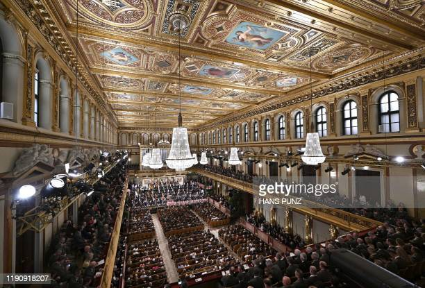 391 Musikverein Photos And Premium High Res Pictures Getty Images