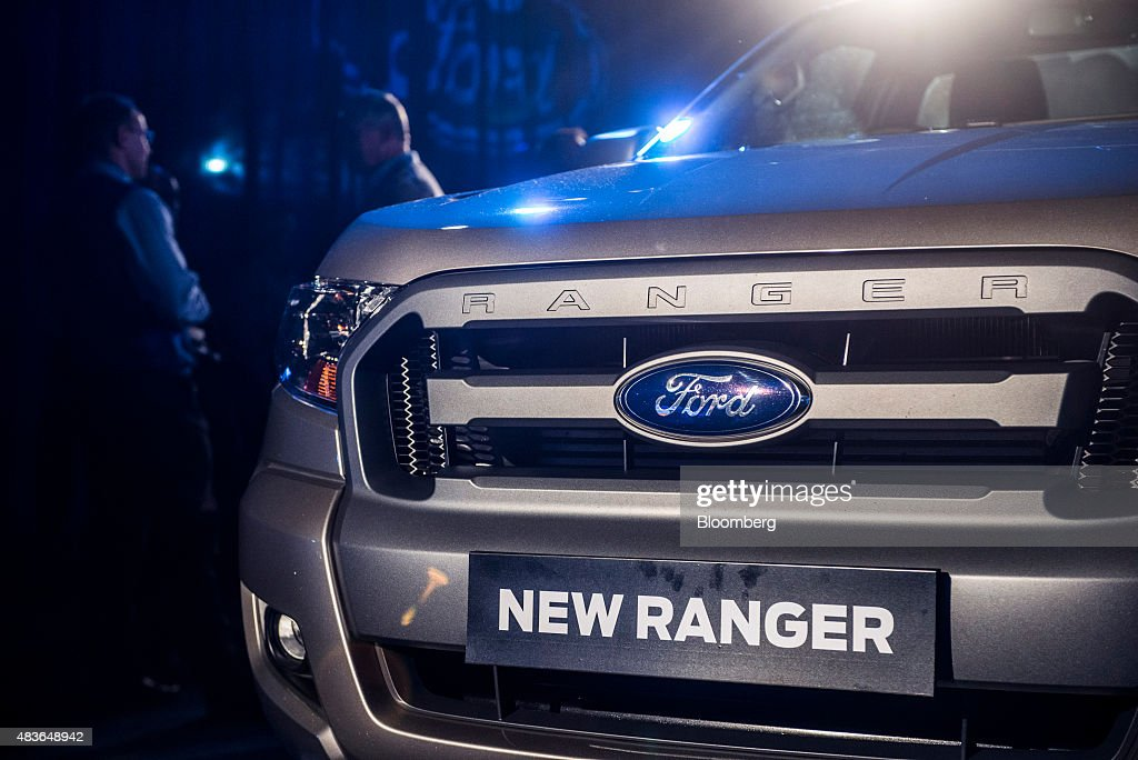 New Ford Ranger >> Visitors Inspect A New Ford Ranger 2015 Pickup Truck On