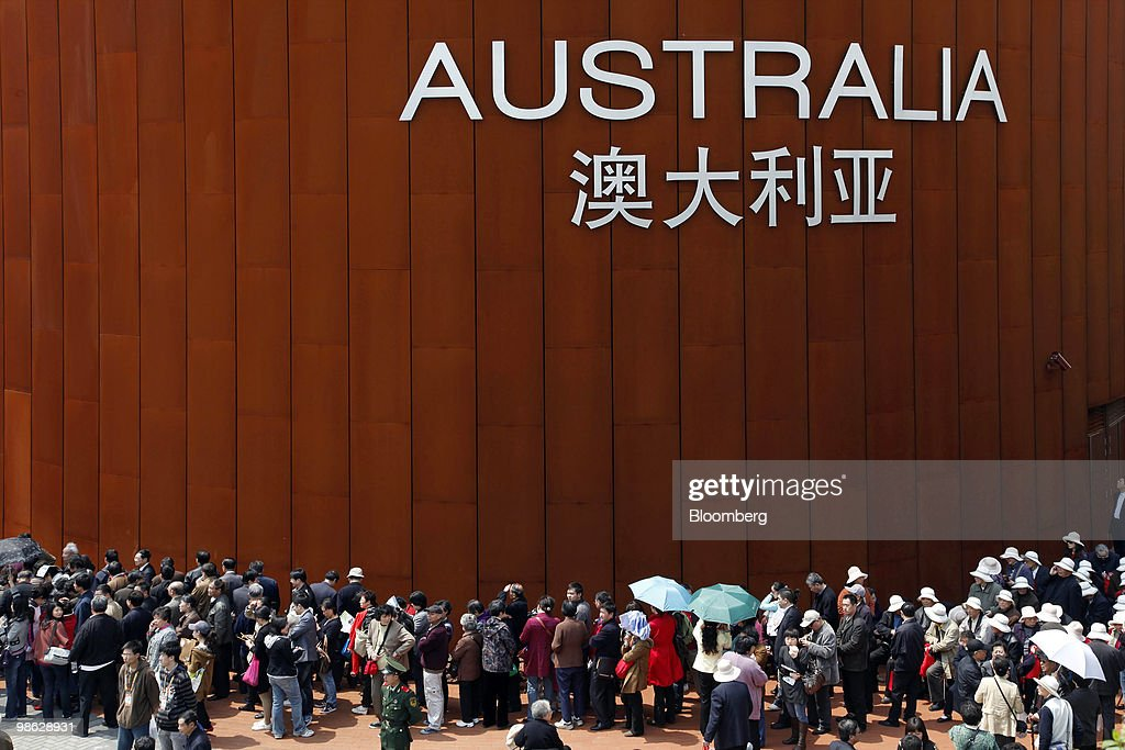 Visitors line up outside the Australia Pavilion at the site of the 2010 World Expo in Shanghai, China, on Friday, April 23, 2010. The 2010 World Expo will open on May 1. Photographer: Qilai Shen/Bloomberg via Getty Images