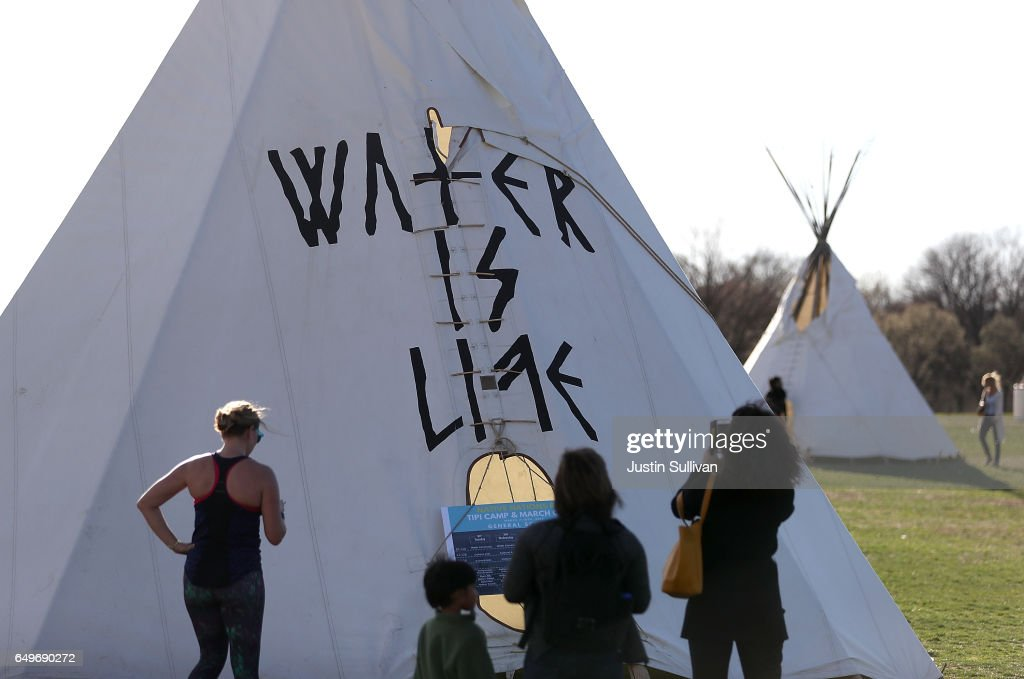 Dakota Access Pipeline Protesters Setup Tepees On National Mall Ahead of Friday DAPL Protest In D.C. : News Photo