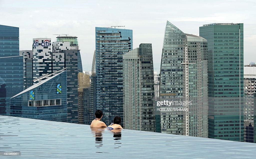 SINGAPORE-ECONOMY : News Photo