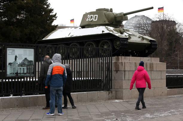 DEU: Freezing Weather Hits Berlin