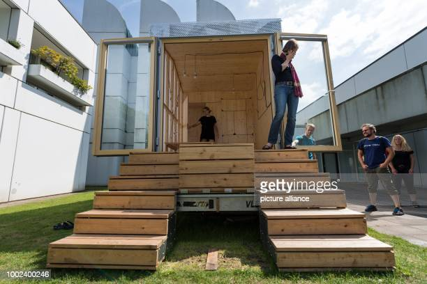 Tiny House Event Stock Photos And Pictures Getty Images