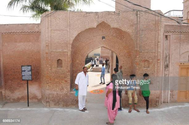 Visitors looking ancestral house of ShaheedAAzam Bhagat Singh on his martyr day at Khatkar Kalan on March 23 2017 in Jalandhar India The ShaheedeAzam...