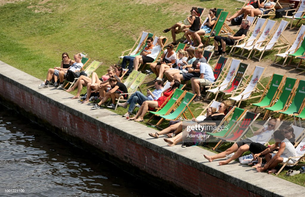 Hot Weather Persists In Berlin