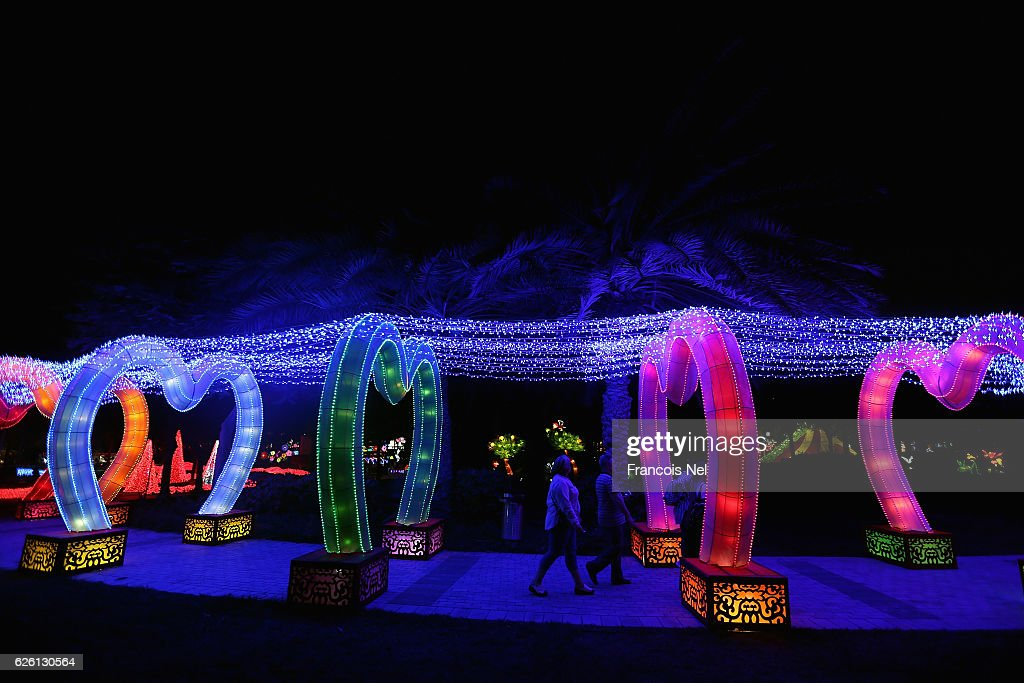 Dubai Garden Glow : News Photo