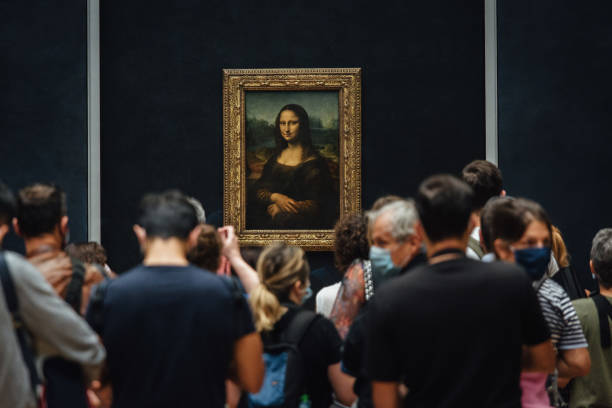 FRA: The Louvre Museum Reopens
