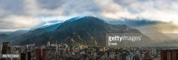 vista del ávila y caracas - venezuela stock pictures, royalty-free photos & images