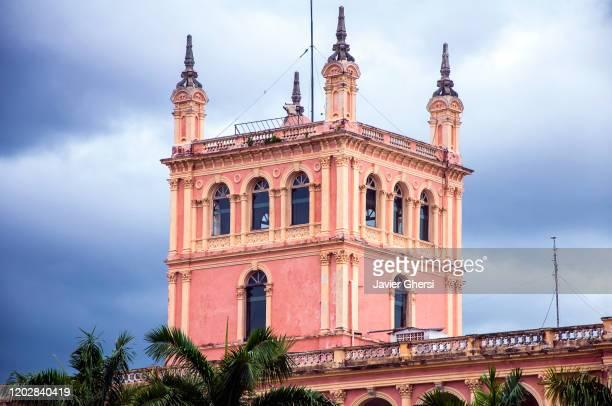 vista exterior del palacio de los lópez (palacio de gobierno). asunción, paraguay. - asunción fotografías e imágenes de stock