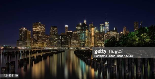 Vista Nocturna De Manhattan Desde Brooklyn