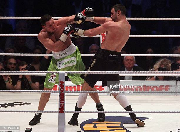 Vitali Klitschko of Ukraine and Albert Sosnowski of Poland during the WBC Heavyweight World Championship fight between Vitali Klitschko of Ukraine...