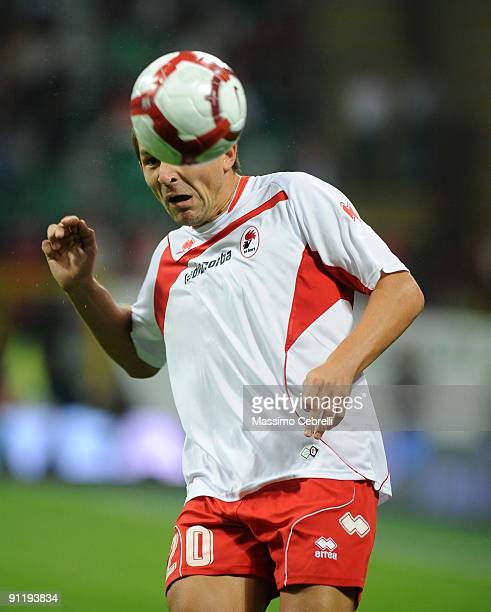Vitali Kutuzov of AS Bari in action during the Serie A match between AC Milan and AS Bari at Stadio Giuseppe Meazza on September 27, 2009 in Milan,...