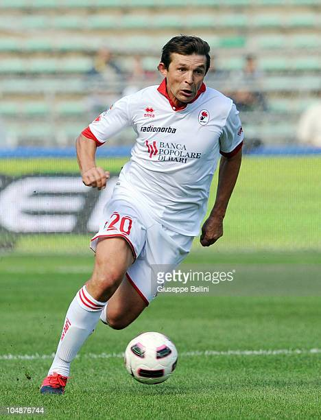 Vitali Kutuzovi of Bari in action during the Serie A match between Bari and Brescia at Stadio San Nicola on September 26, 2010 in Bari, Italy.