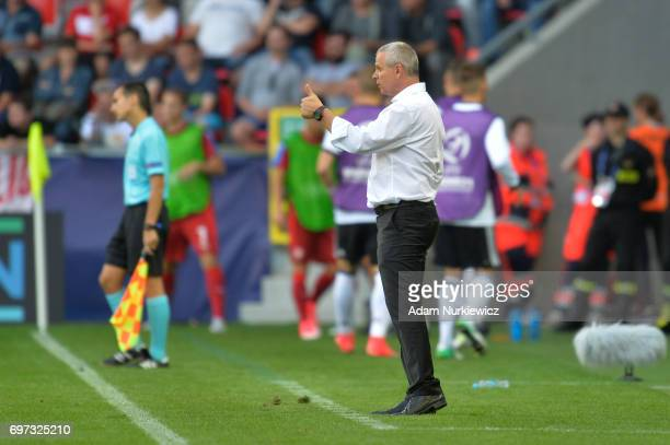 Vitezslav Lavicka coach of Czech Republic gives his team instructions during the UEFA European Under21 Championship Group C match between Germany and...